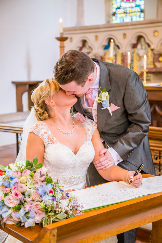 Relaxed Wedding Photography - The Ceremony